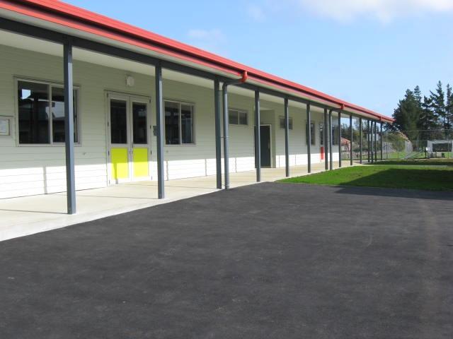 Tauraroa Area School - Slide